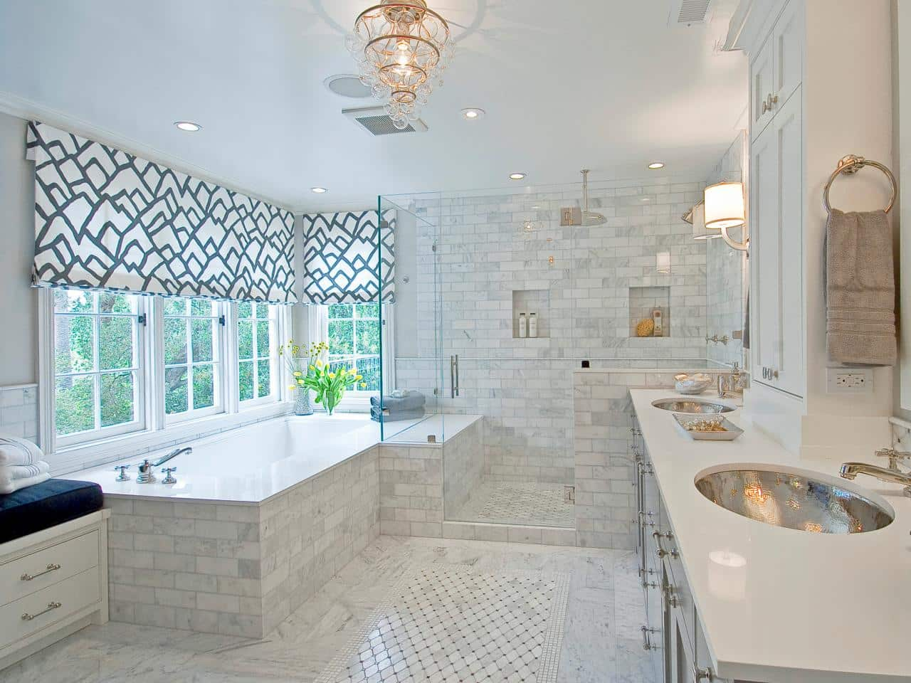 Bathroom with windows white. 7 Tips to Minimize Your Bathroom s Bad Feng Shui   Feng Shui Nexus