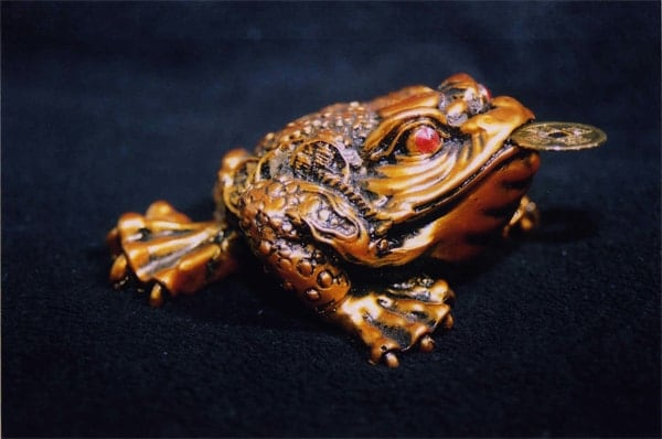 Feng Shui's three-legged frog is a symbol for begetting of wealth.