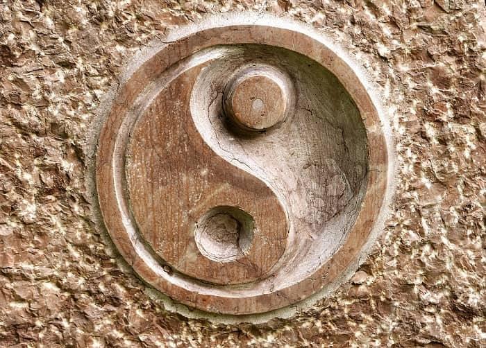 Hasil gambar untuk feng shui yin yang