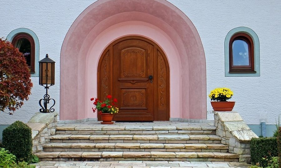 front door stairs outside-min